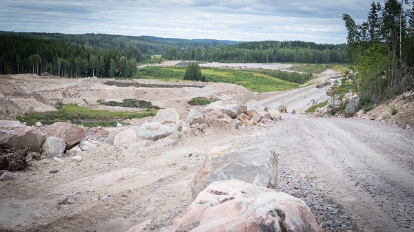 Väyläviraston Vt 4 Kirri-Tikkakoski -tiehankkeen työmaata